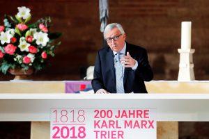 K. Marxo jubiliejus: J. C. Junckeris balina prieštaringojo filosofo mundurą