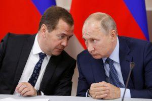Dar vienas Rusijos kirtis Ukrainai: paskelbė sankcijas šimtams piliečių ir verslui
