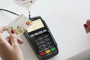Bekontaktės mokėjimo kortelės: ką apie jas verta žinoti?