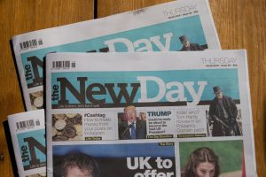 Didžiojoje Britanijoje nepavyksta atgaivinti tradicinės spaudos