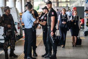 Stambulo oro uoste policija šūviais stabdė motociklininką