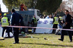 Išpuolis Jeruzalėje: sunkvežimis įlėkė į minią (4 žuvusieji)