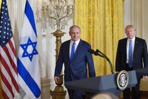Izraelis džiūgauja dėl naujo D. Trumpo sprendimo