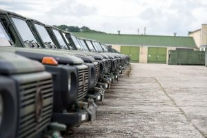 Lietuvos kariuomenė iš Nyderlandų perka naudotų sunkvežimių, visureigių