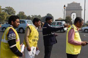 Indijos sostinėje dėl smogo ribojamas eismas