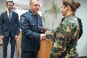 Lietuviai vienodai dažnai renkasi tapatybes korteles ir pasus