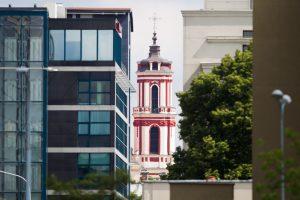 Keičia projektą: nauji pastatai Senamiesčio bažnyčios nebeužgoš?