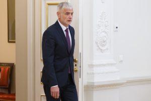 Atsistatydino žemės ūkio ministro patarėjas V. Kirsnickas