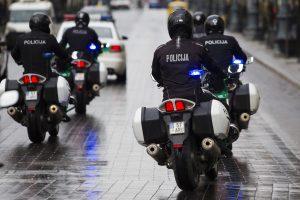 Kokio algos padidėjimo gali tikėtis Lietuvos pareigūnai?