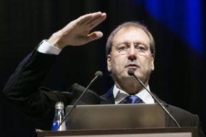 V. Uspaskichas prašo teismo jį išteisinti