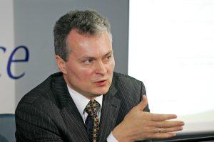 2017 metų biudžetą ekspertai ir giria, ir kritikuoja