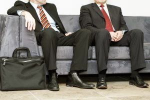 Atostogų ir išeitinių mažinimo taikinyje – valstybės tarnybos