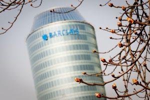 """""""Barclays"""" atleidžia darbuotojus: rado pigesnių galimybių verslui?"""