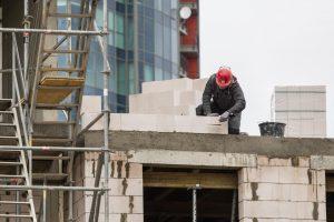 Kas atsakingas už darbuotojų saugumą darbo vietoje?