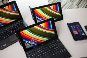 """Studentai galės nemokamai naudotis """"Microsoft"""" programine įranga"""
