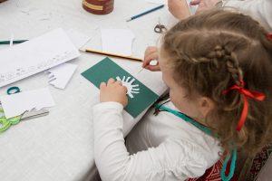 Savivaldybės vaikų būreliams galės skirti nuo 10 iki 20 eurų