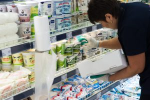 Kainų labirintas: spalį brango pieno produktai