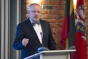 J. Olekas: NATO labiau vertina profesionalų kariuomenę