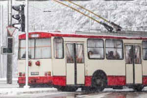 Šventinėmis dienomis viešasis transportas važiuos ilgiau