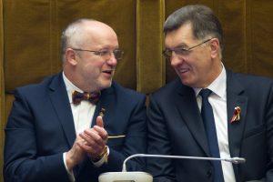 Premjeras pasitiki J. Oleku ir ragina prezidentę nepolitikuoti
