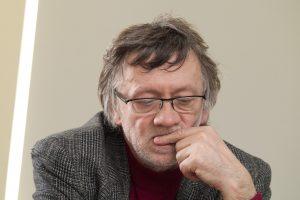 Nacionalinės premijos laureatui A. Jonynui siūloma skirti valstybinę pensiją