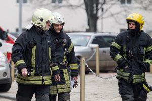 Po gyvybę nusinešusio gaisro – ugniagesių vizitai