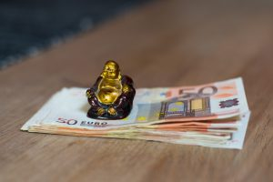 Vilniaus ir Šiaulių gyventojai prarado tūkstančius eurų