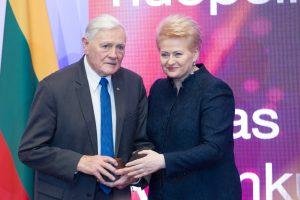 Politikos reitingų viršūnėje – V. Adamkus, D. Grybauskaitė, S. Skvernelis