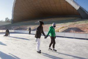 Vingio parke – čiuožimo ir ledo ritulio pamokos