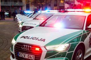 Konfliktas Vilniuje: sužalotas žmogus, apgadinti automobiliai