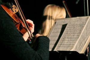 Kaip muzika veikia žmonių psichologiją?