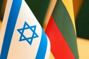 Prašo Izraelio paaiškinti, kodėl neįsileido lietuvės