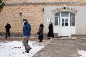 Darbo paieškos Lietuvoje: dabar ir prieš 100 metų