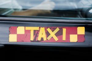Vilniaus taksi verslo tamsioji pusė – šimtai tūkstančių nuslėptų mokesčių