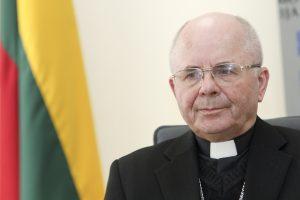 S. Tamkevičius: Sausio 13-ąją noriu pasidalinti idėja Lietuvai