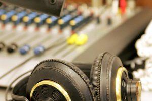 """""""Radiocentrui"""" už pažeidimus – 144 eurų bauda"""