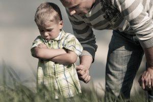 Bausmės vaikams (ne)reikalingos?