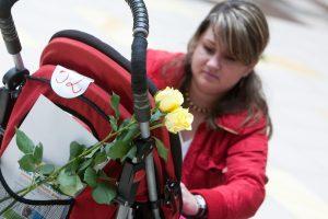 Ministerija nepritaria motinystės pašalpų atstatymui