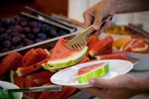 Arbūzas – vaisius, kurį būtina valgyti atsakingai