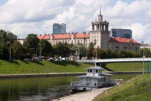 Vilniaus savivaldybei siūloma parduoti prieplauką prie Baltojo tilto