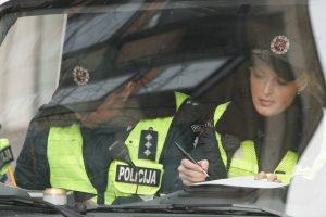 Cigarečių kontrabandininko namuose policininkai rado ir vogtų dviračių