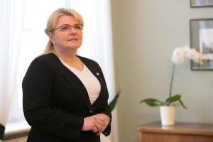 """A. Pabedinskienė pasakė nuomonę apie """"darbietį"""" V. Vigelį"""