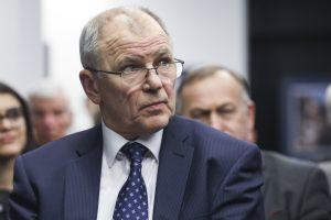 V. P. Andriukaitis jau surinko reikiamus parašus prezidento rinkimams