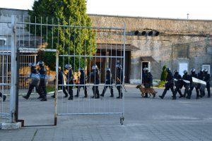 Į keturias įkalinimo įstaigas įvedamos specialiosios paskirties pajėgos