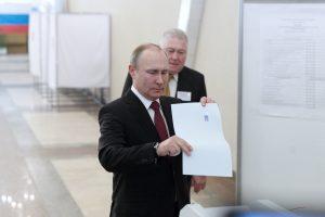 Politikai ir apžvalgininkai: Rusija darosi pavojingesnė už Šiaurės Korėją
