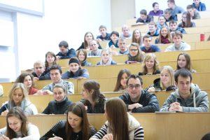 Dauguma EHU pirmakursių – baltarusiai