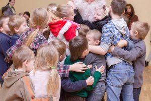 """""""Vaikų svajonės"""" įgauna pagreitį: daugiau kaip pusė dovanų jau pasirinktos"""