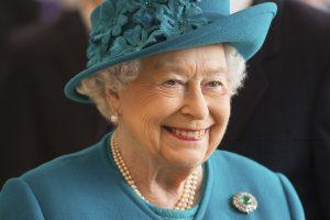 Karalienė Elžbieta II: juk normalu, kad kartais sergu?