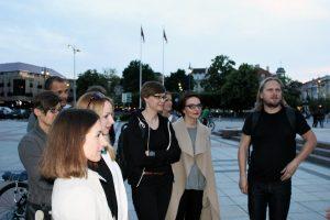 Per 100 šalies architektų leidosi tyrinėti naktinio Vilniaus senamiesčio