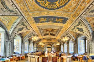 VU bibliotekoje – paroda neįtikėtinų istorijų mėgėjams